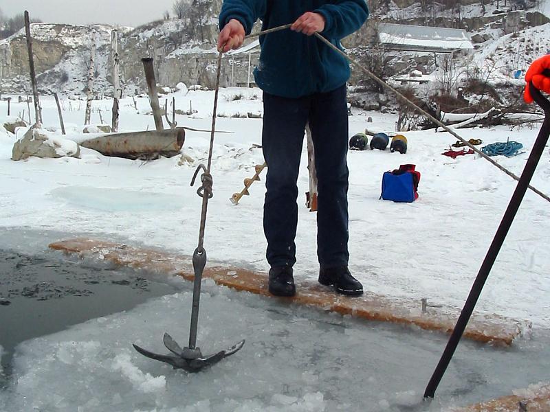 nurkowanie pod lodem Zakrzówek